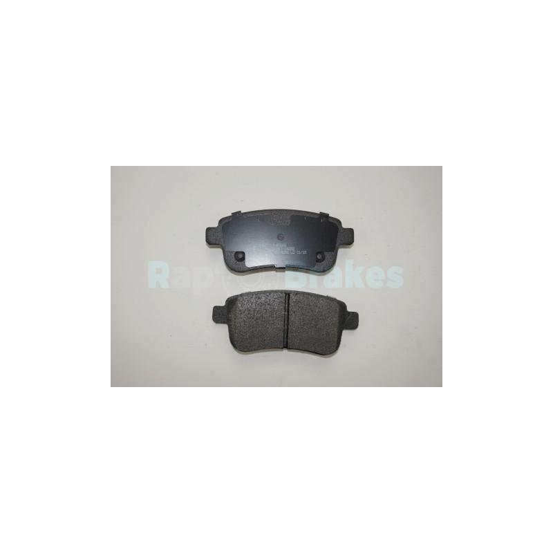 Jeu de 4 plaquettes de frein arrière SAMAXX R-P0666 pour RENAULT MEGANE 2,0 DCI - 160cv